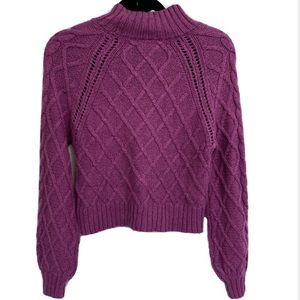 American Eagle Chunky Knit Cropped Sweater Diamond